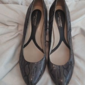 Snake leather heels 3in taupe 11m